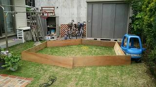 ブルーシートプールを木材で作り方